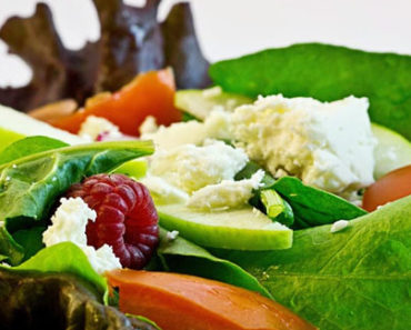 Which Foods Help Prevent Acne